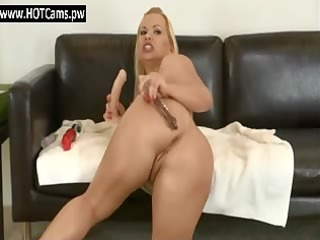 free chat rooms horny blonde mature babe ass