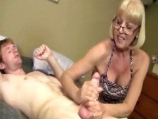 giving granny is giving a libido massage
