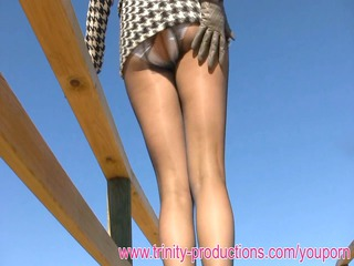 elegant lady clothed pantyhose upskirt pissing