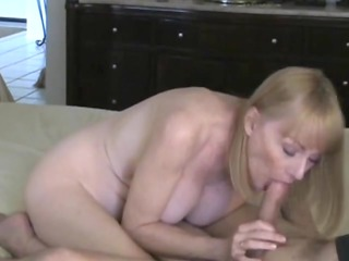 mother id like to copulate acquires a cumshots