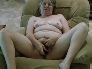 grannys inexperienced dark plastic penis