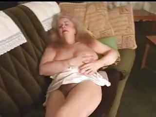 hot granny masturbating