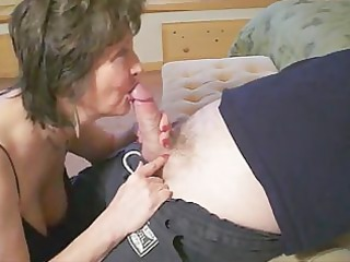 elderly knows how to give a cock sucking