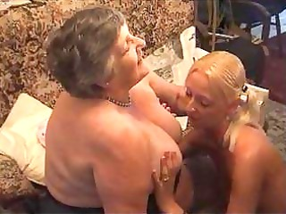 grandma eats a delightful lesbi girl