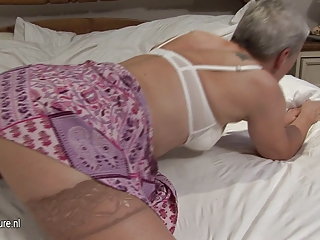 mature whore grandma dreaming of amateur