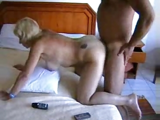 butt orgazm of a european house housewife