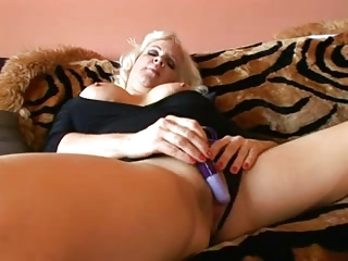 veronica vaughn - full bodied lady