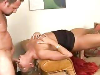 saucey older chick chelsea zinn likes penis