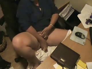 watch what my milf do at computer. hidden cam