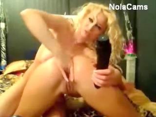 awesome ass grown-up babe lesbian webcam ass men