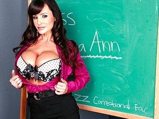 big breast mature babe lisa anna is