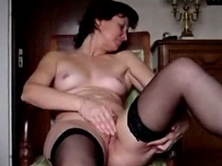 angie40 maturbating and cumming 3 times