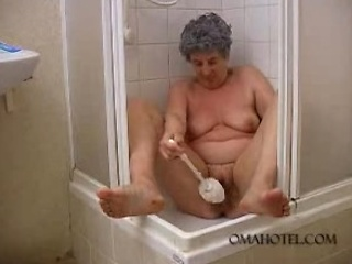 granny granny gang-banging toilet brush